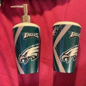 Philadelphia Eagles Toothbrush Holder & Soap Dispenser
